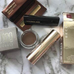 🔹 Becca Mauve Lipstick, Bang Eyeliner, Hourglass
